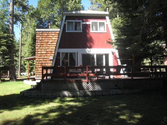 Lake tahoe west shore vacation rental with hot tub for Tahoe city cabin rentals